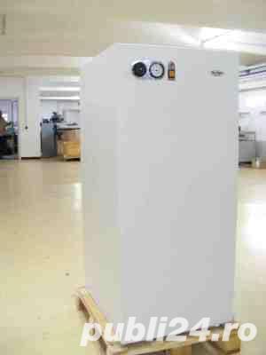 Pret: 2299 lei Boiler de apa calda inox Motan tip BA 120 LPV, volum 120 litri