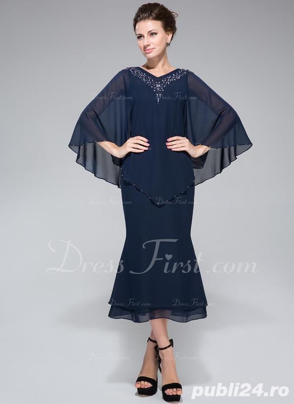 Vand rochie eleganta noua