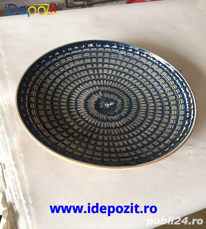 Farfurii coada de paun tradtitionale lucrate manual in Horezu