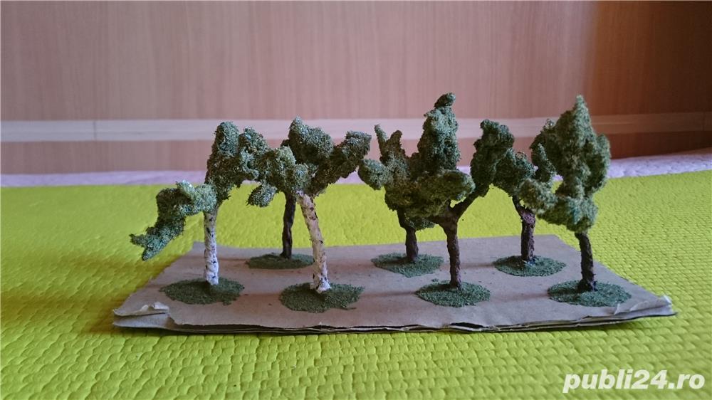 macheta copaci pomi arbori arbusti ptr. diorama trenulet, modelism, proiect cartier arhitectura