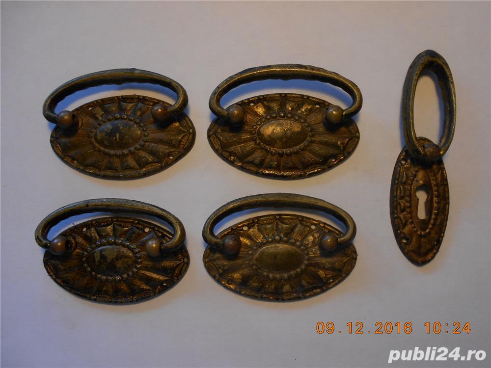 accesoriii   mobilier    din bronz