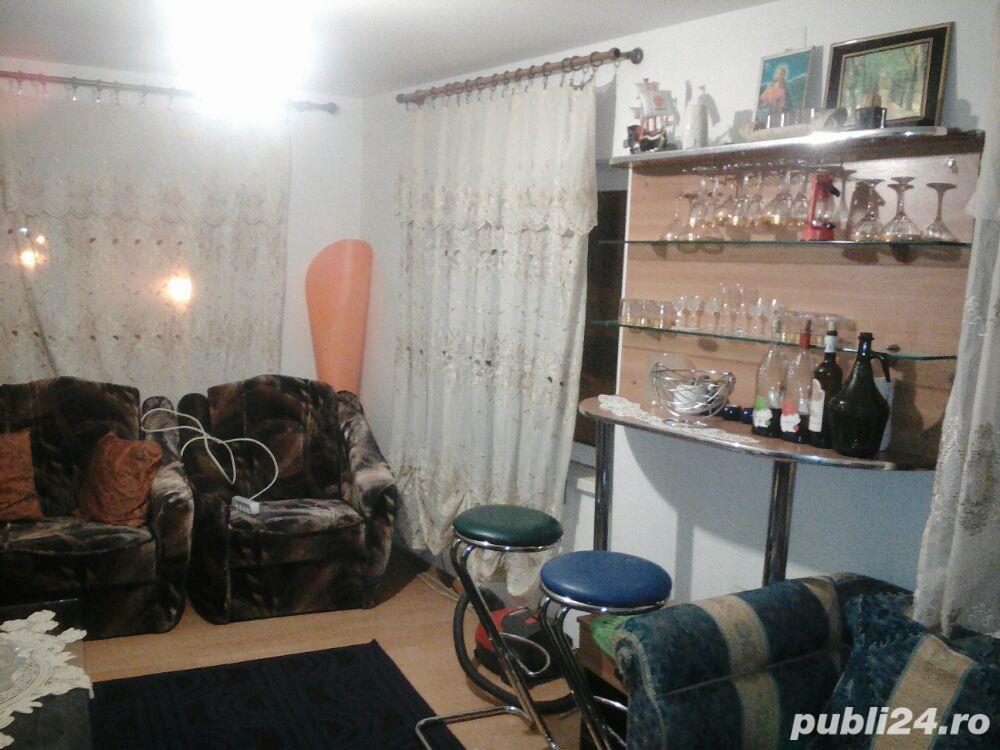 inchiriez Apartament 3 cam in imobil nou, 90 mp, zona Policlinica Veche