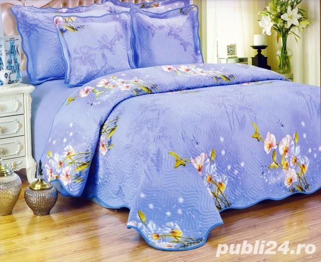 Cuvertura de pat matlasata din bumbac brodat + 4 fete perna ES13