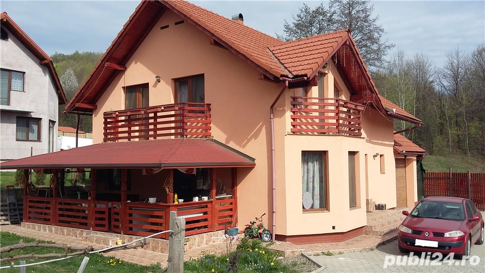 Vanzare  casa  5 camere Maramures, Tautii-Magheraus  - 176 EURO