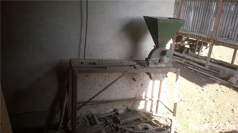 moara de macinat cu ciocane