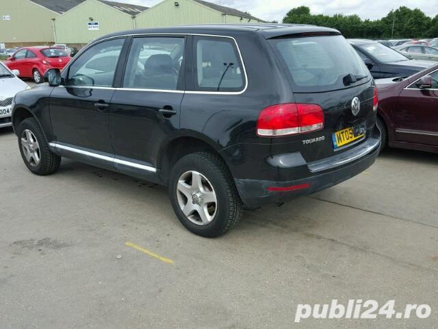 Dezmembrez VW Touareg an 2005 motor 2.5 diesel piese accesorii.