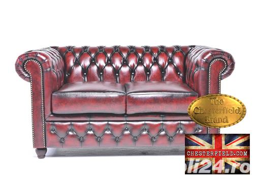 Canapea din piele naturală -Roșu Antique -2 locuri -Autentic Chesterfield Brand-IN STOC