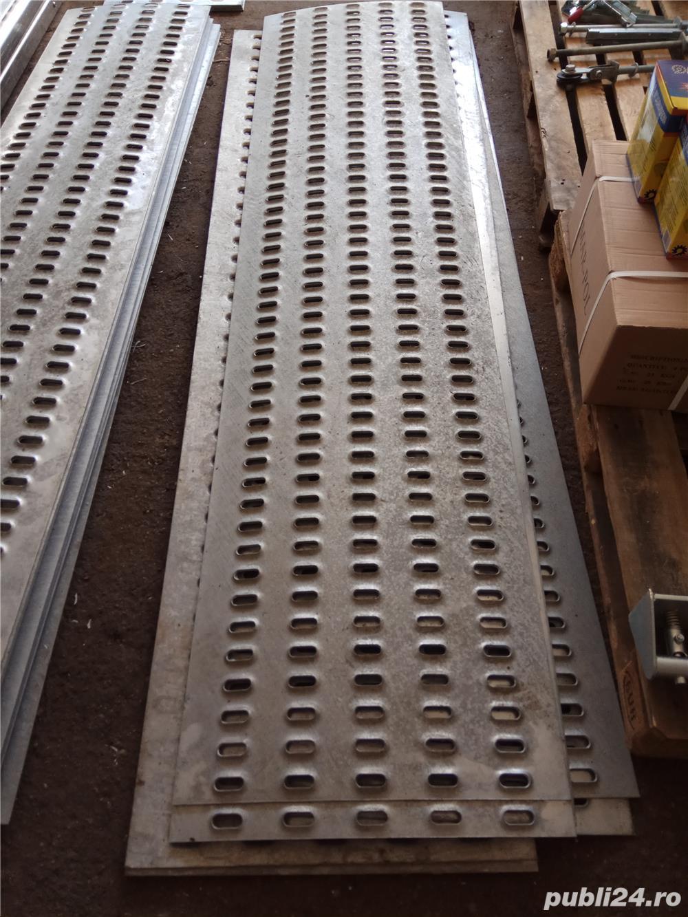 Tabla ambutisata pentru platforme auto din metal galvanizat (grosime 3 mm) sau aluminiu (grosime 4m