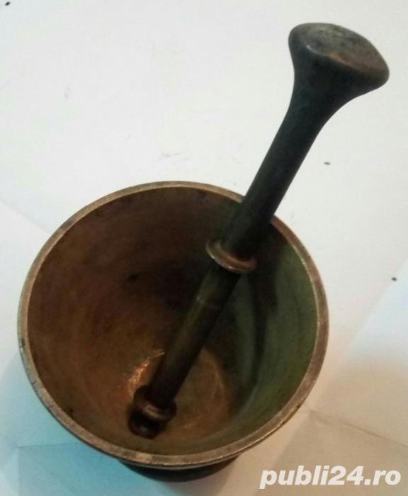 Mojar cu pistil din bronz masiv 1,4 Kg 12x11 cm frumos decorat vechi
