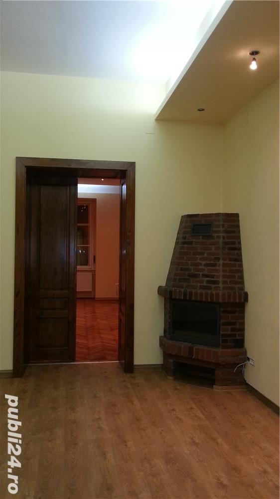 Apartament 3 camere,etaj 1, proaspat renovat in Piata Libertatii