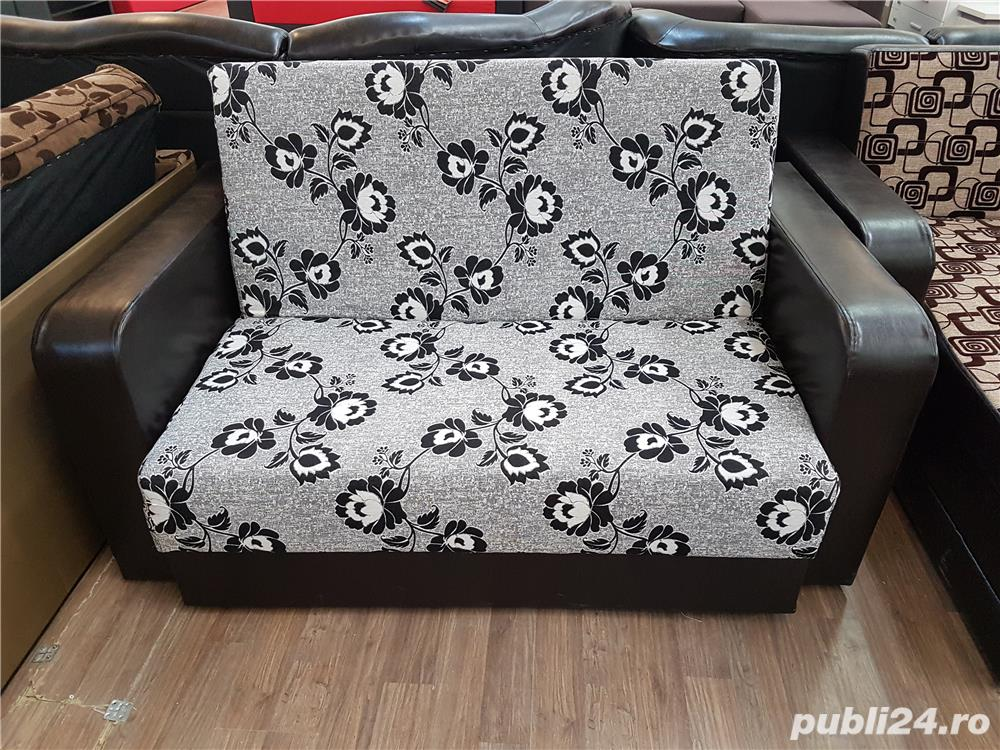 Canapea carina extensibila