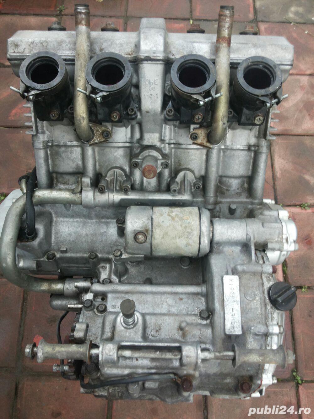 Motor motocicleta YAMAHA FZR600