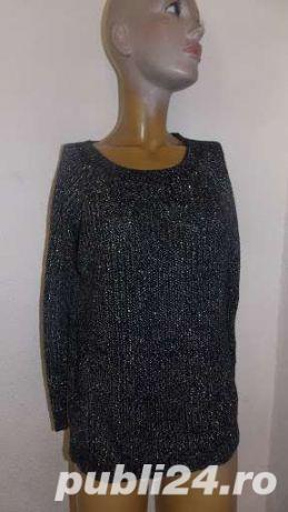 pulover dama ,Nou, mar M, L, XL, 2XL, , culoare neagra cu fir inserat discret