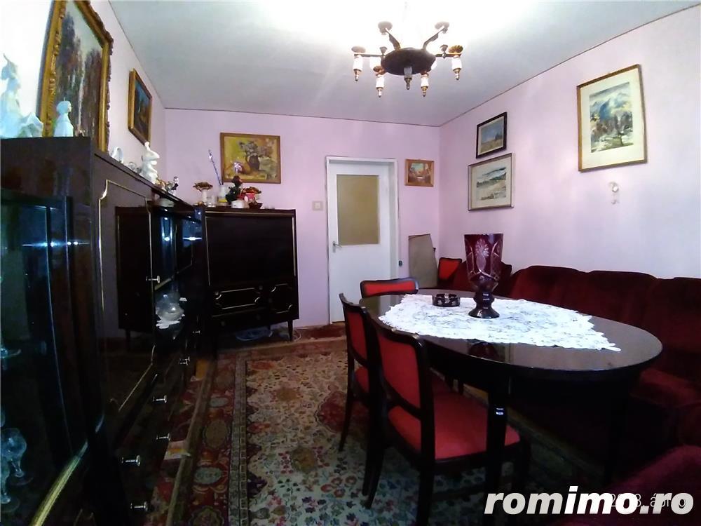 Vanzare  apartament  cu 3 camere Maramures, Baia Sprie  - 58 EURO