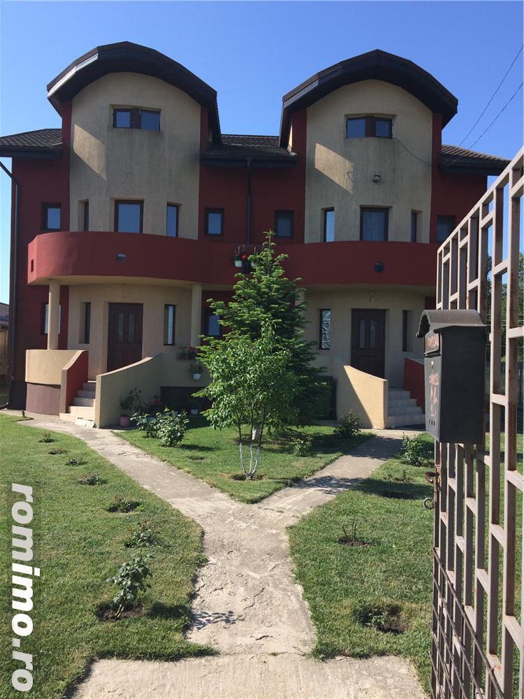 Vanzare vila duplex