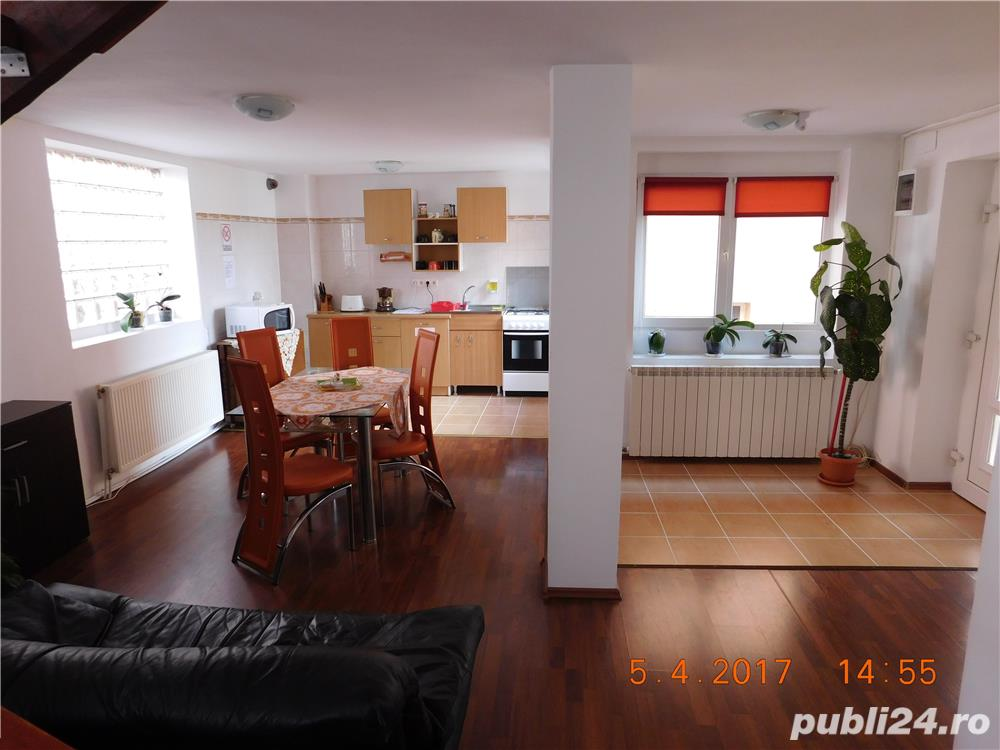 Vanzare  casa  11 camere Bihor, Baile Felix  - 389 EURO