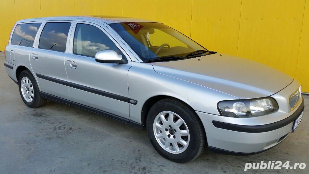 Volvo V70 (automatic).