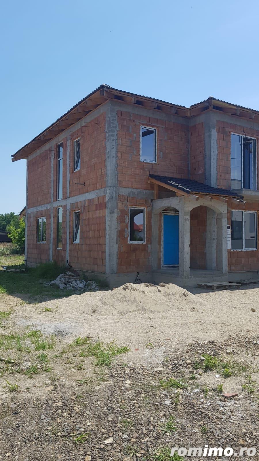 Dumbravita - 4 camere - 1/2 duplex - 135000 euro
