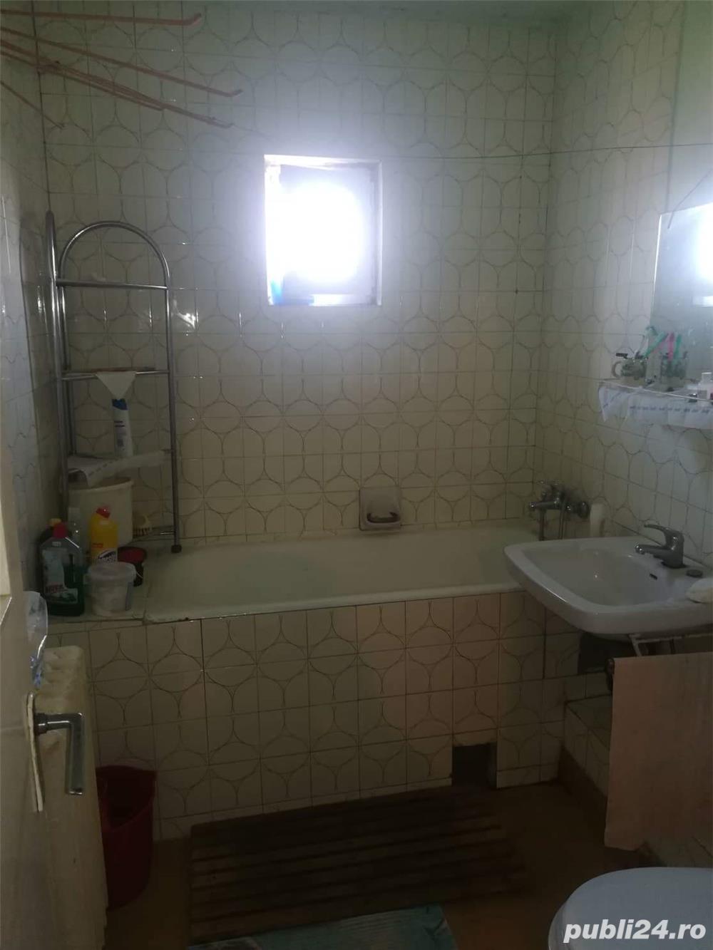 Vand Apartament 3 camere negociabil!!