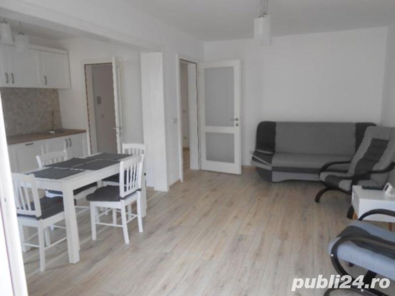 Apartament 4 camere, etaj 3 - Zona Vasile Aaron
