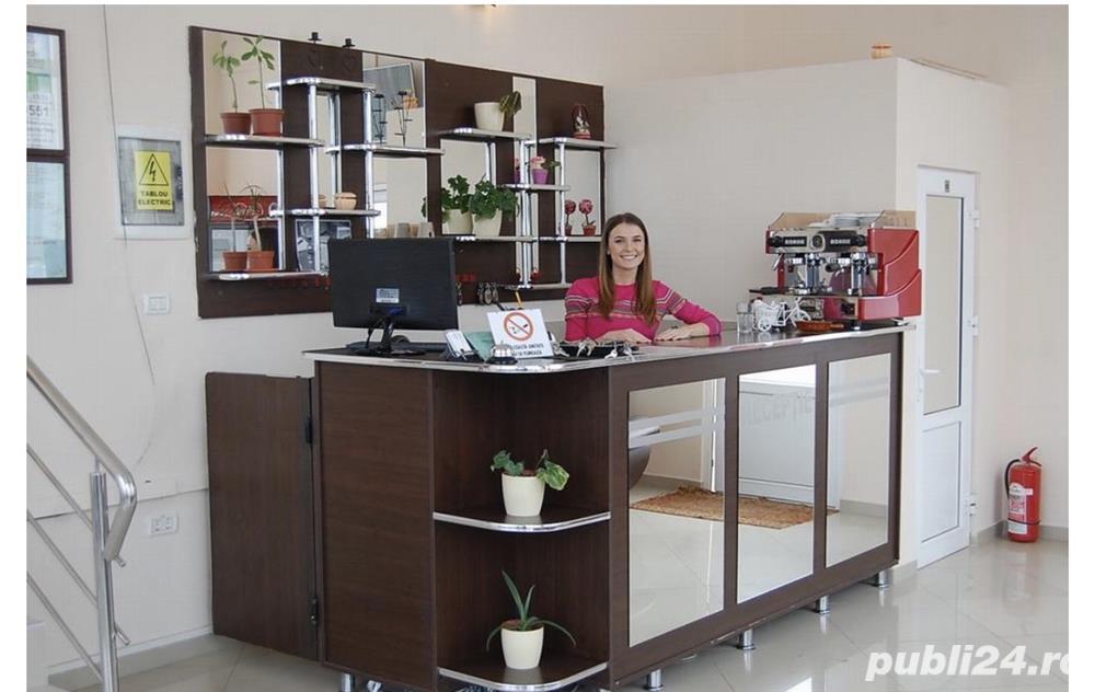 Angajam Receptionera Hotel salar