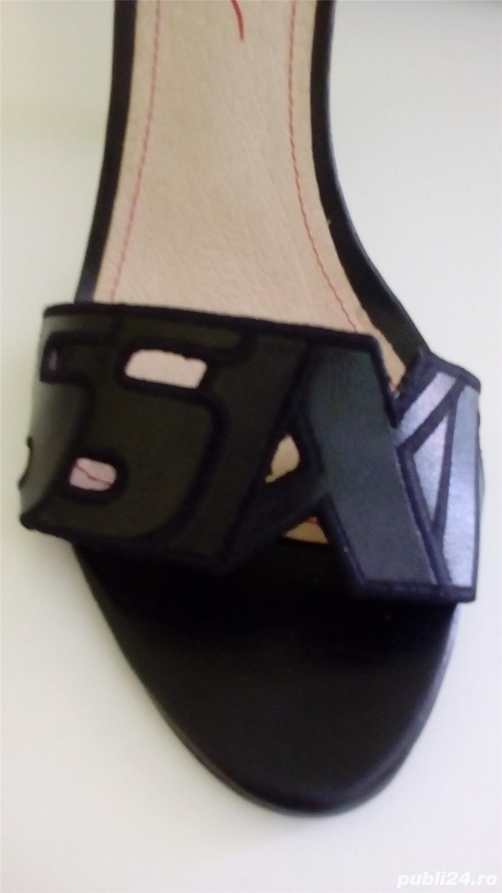 Sandale Miss Sixty noi cu eticheta 37