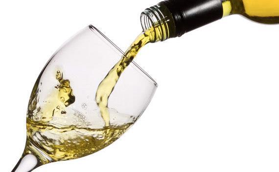 Vin alb/negru 6 lei, Rachiu/Tuica din vin 12 lei, struguri (4 soiuri) 1.8 lei/kg-toate negociabile