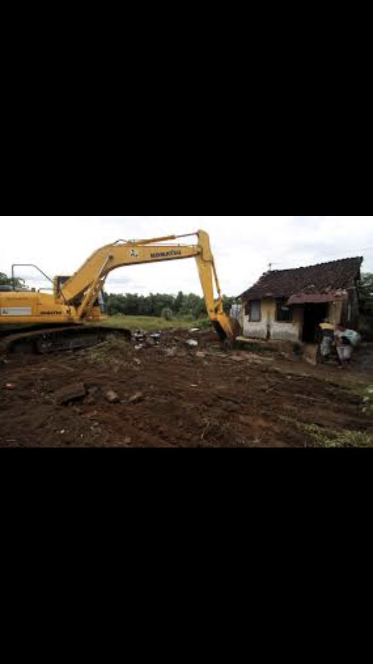 Ececut excavatii si evacuez pamantul