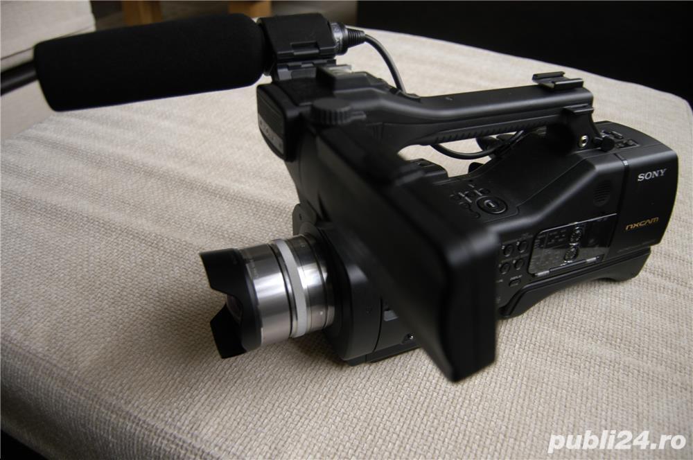 Vand Camera video Sony NEX EA 50 EH cu obiective interschimbabile