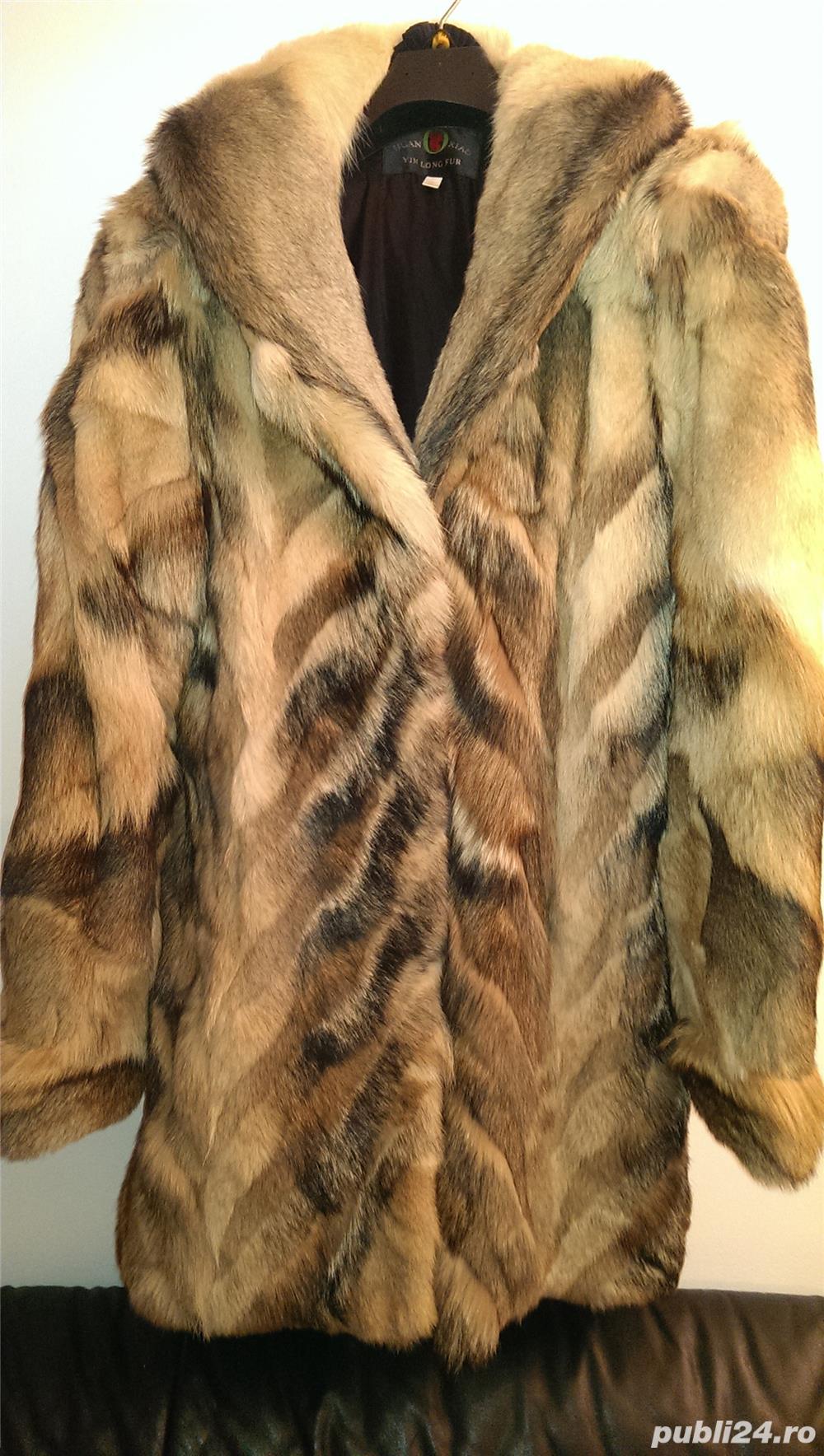 Vand haina noua din blana de lup siberian