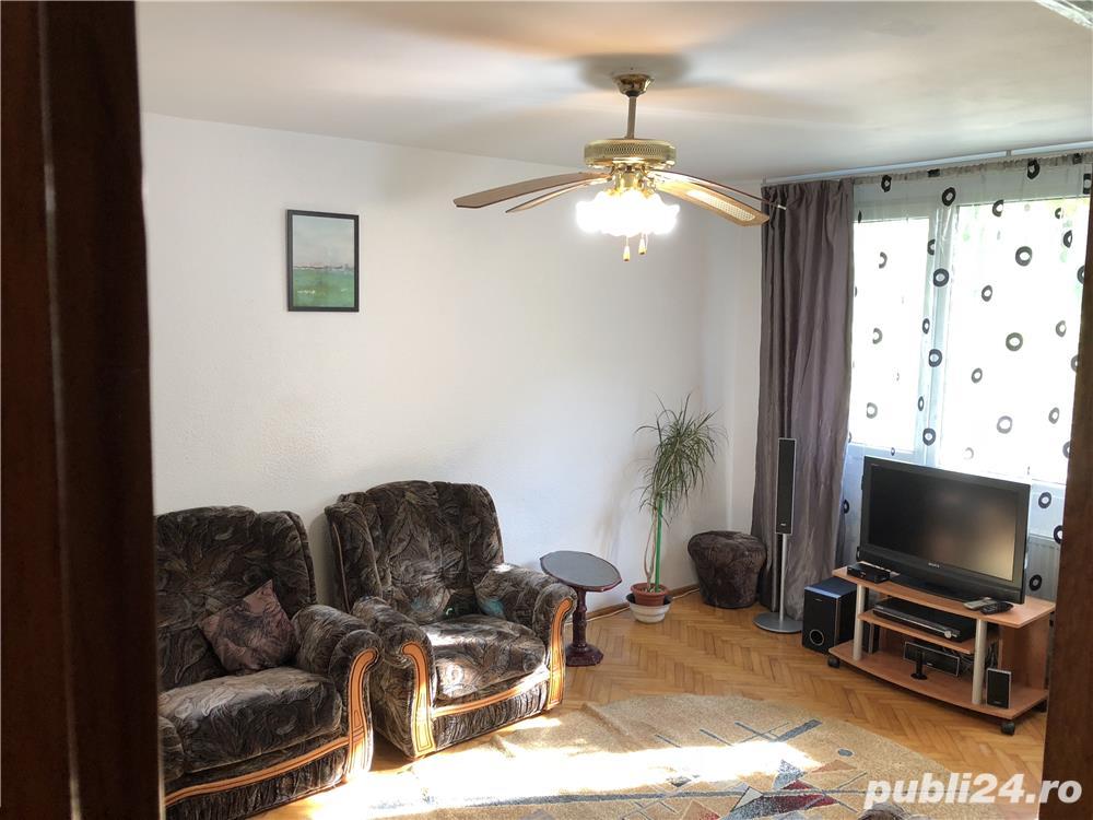 Apartament 3 camere Berceni - zona Bul.Constantin Brancoveanu