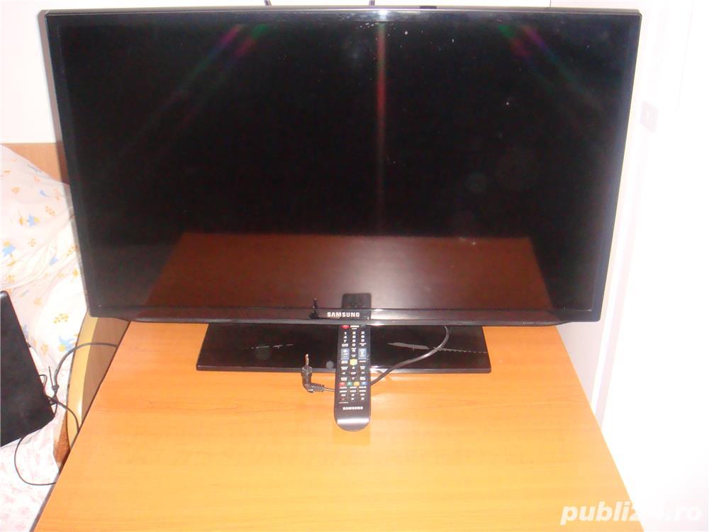 TV  SAMSUNG  D-81cm