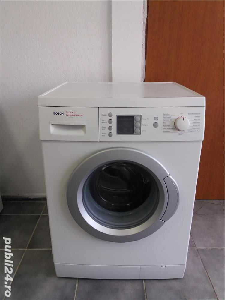 Masina de spălat rufe Bosch.  Model nou.
