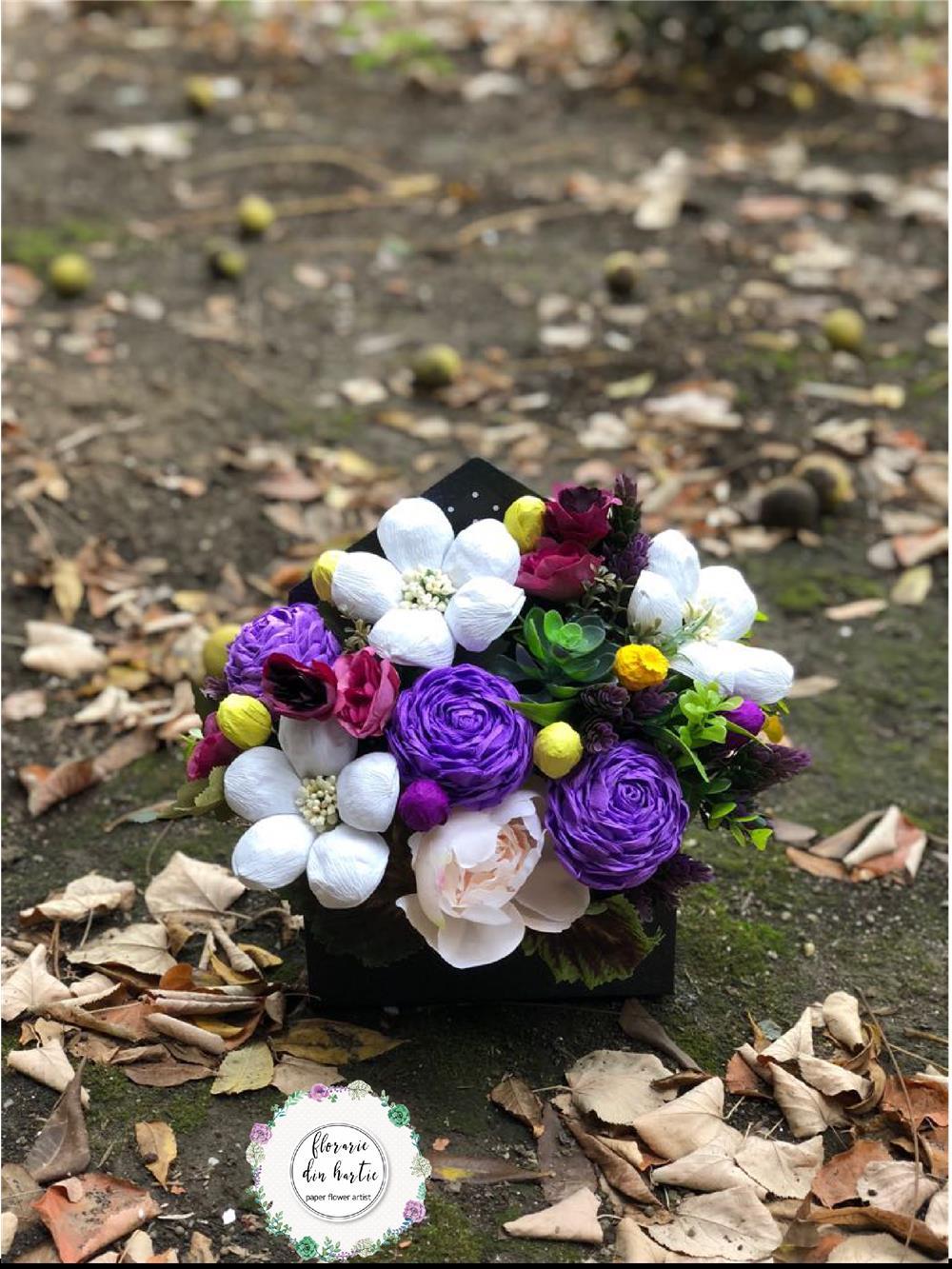 Aranjamente flori din hartie