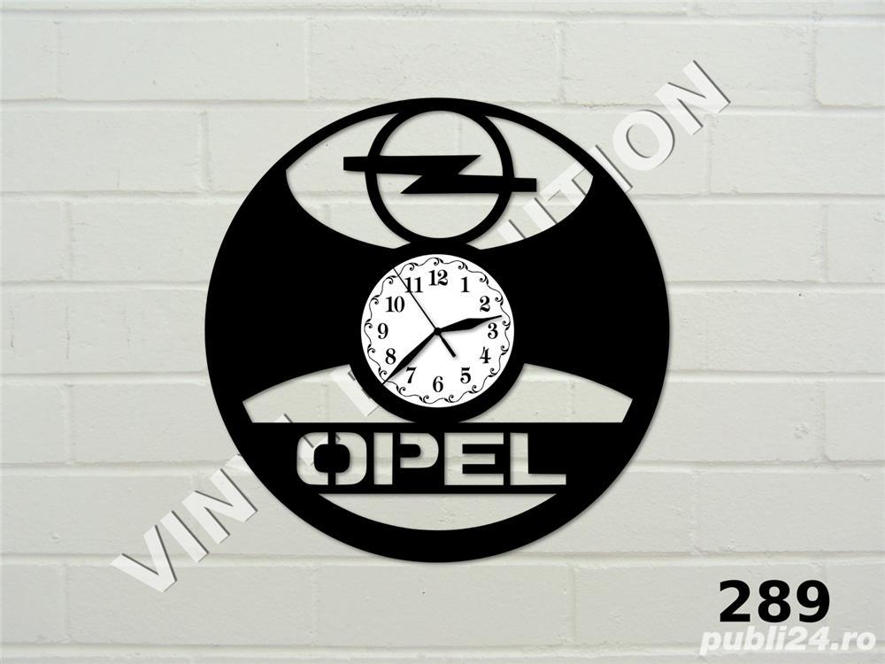 Ceas de perete din vinil Opel