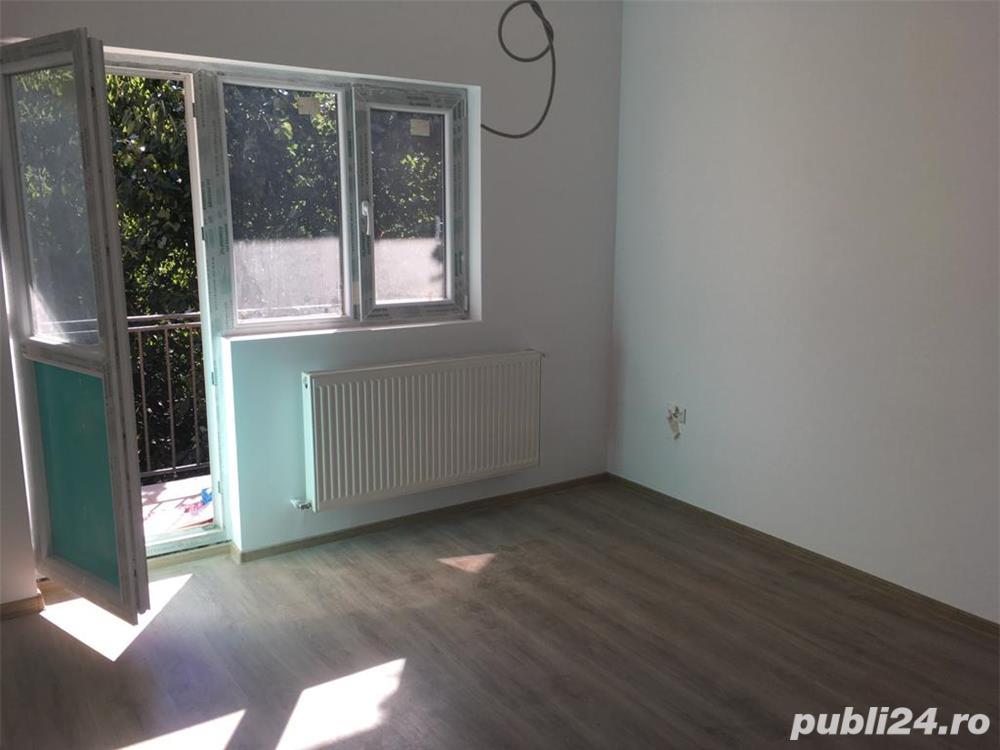 Vile insiruite la pret de apartament,3 cam,gradina,dezvoltator