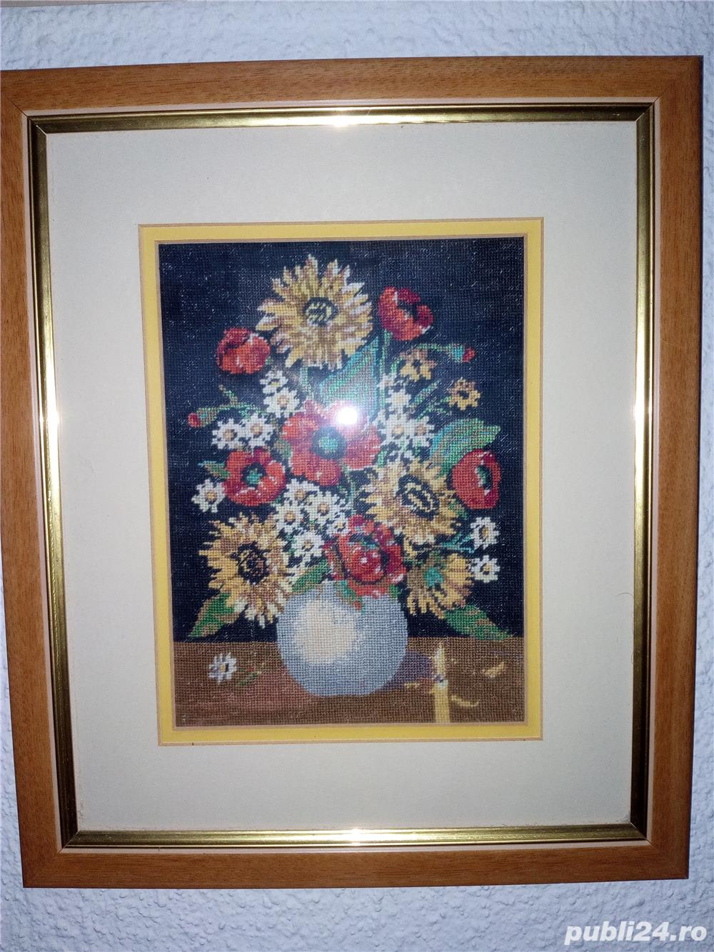 Goblen Vas cu flori