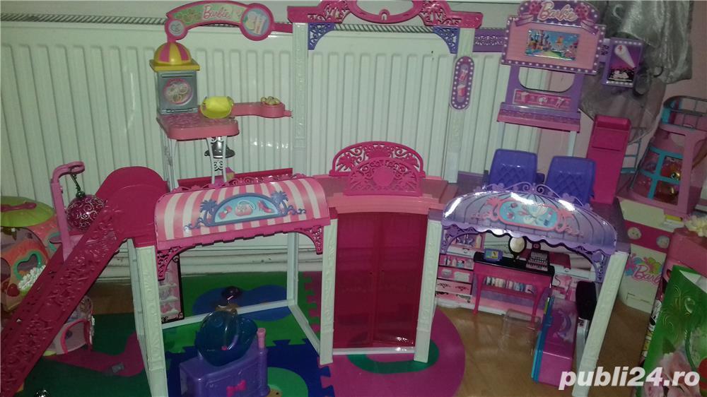 Barbie shopping mall