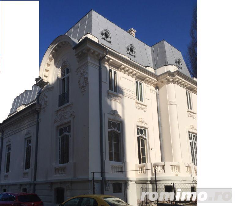 ...Calea Victoriei!!!D+P+E+pod,Pretabil sp comercial/restaurant/birou