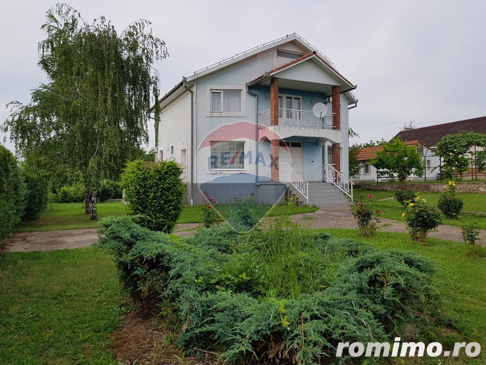Vila pe un domeniu de 6 hectare in Sauaieu/Bihor