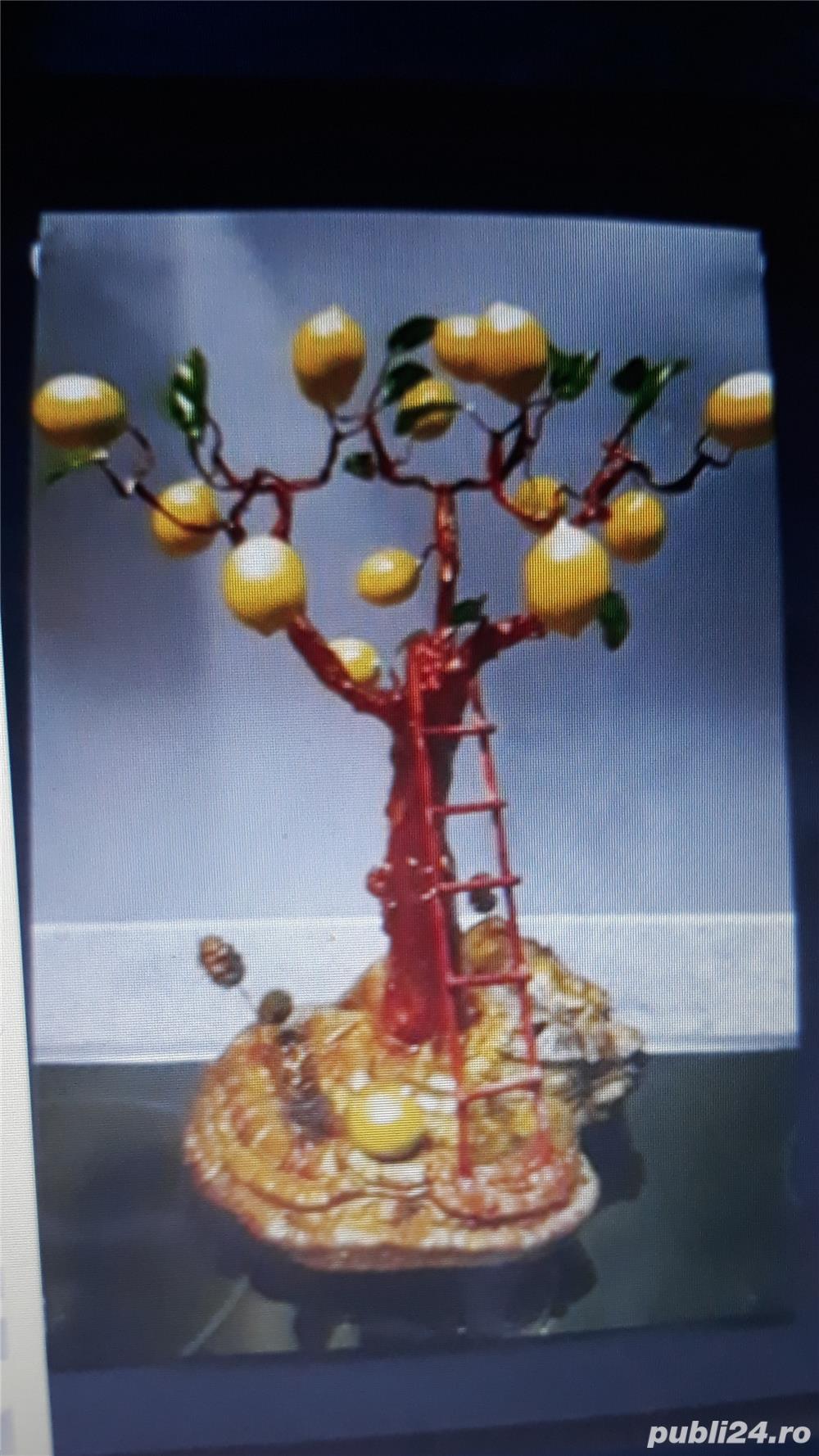 Fructe ornament