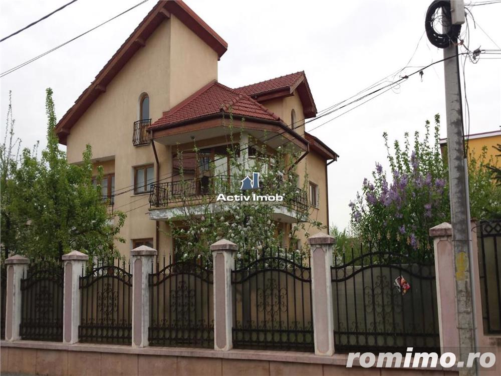 Vila 11 camere, ideal locuit sau afacere, acces metrou Pacii