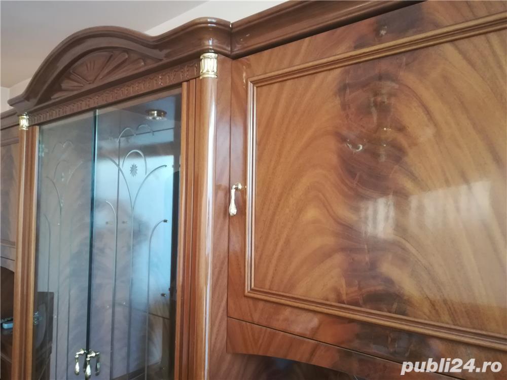 Vând mobilă sufragerie deosebită