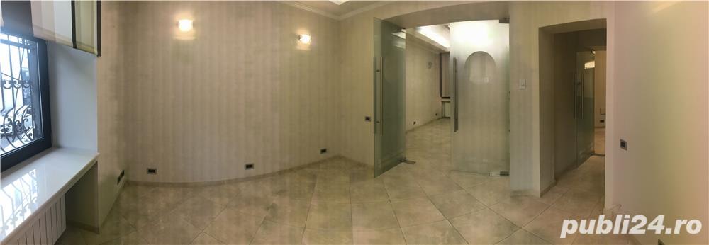 Vânzare apartament 3 camere pretabil pentru cabinet