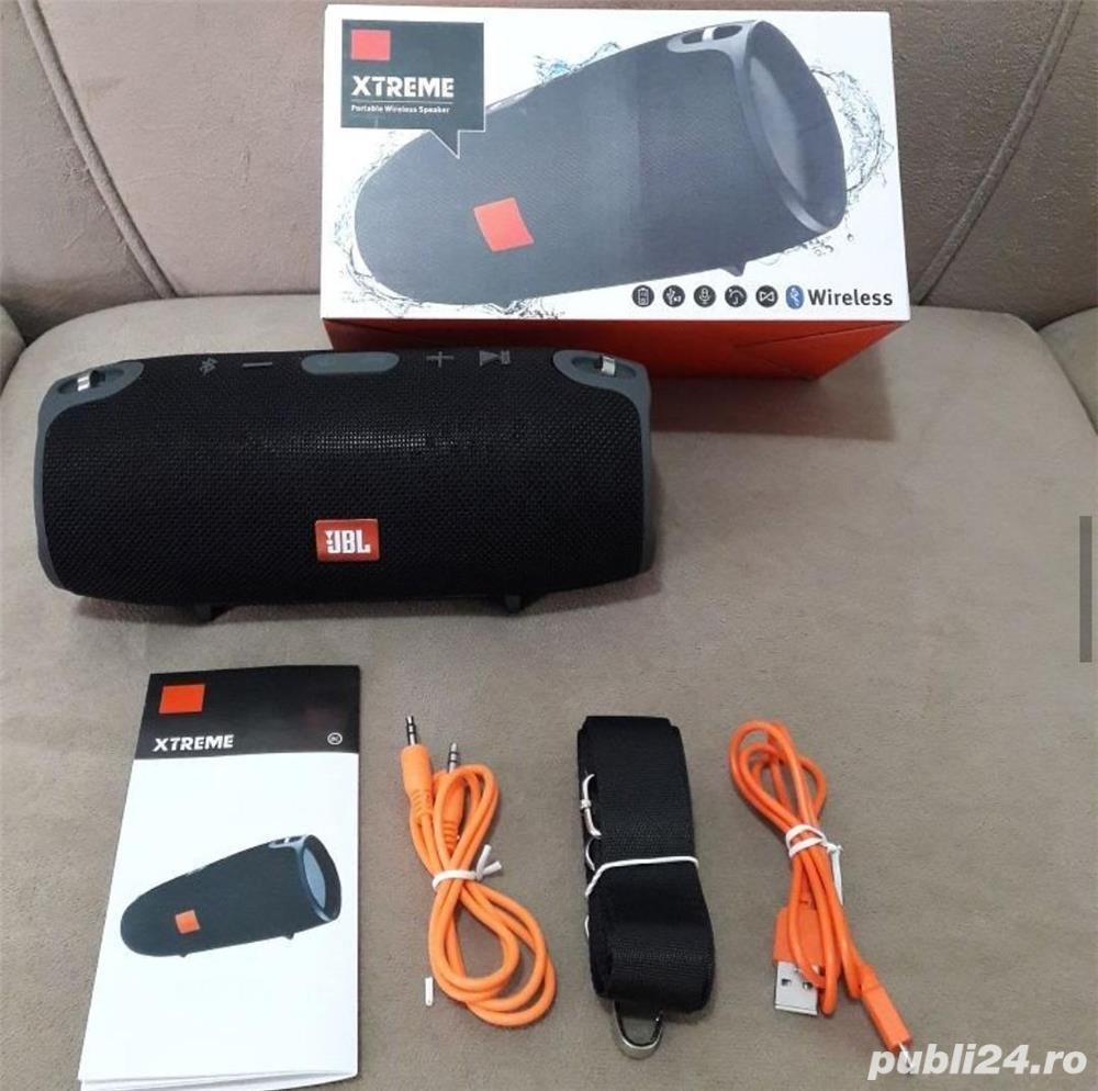 Boxa Portabila JBL XTREME cu Bluetooth ,slot pentru Card ,USB si Radio