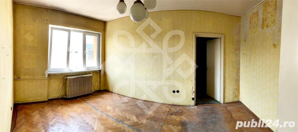 Apartament 2 camere cu garaj, zona centrala, Oradea AV017