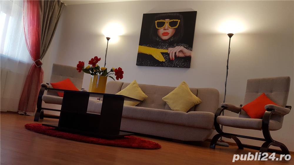 Inchiriez apartament decomandat 3 camere-vedere la mare și lac- la intrare în stațiunea Mamaia