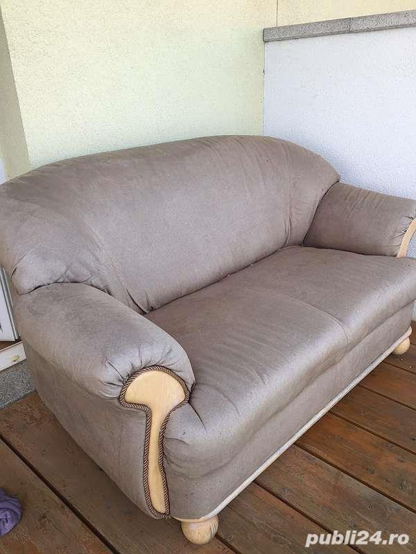 couch piele intorsa