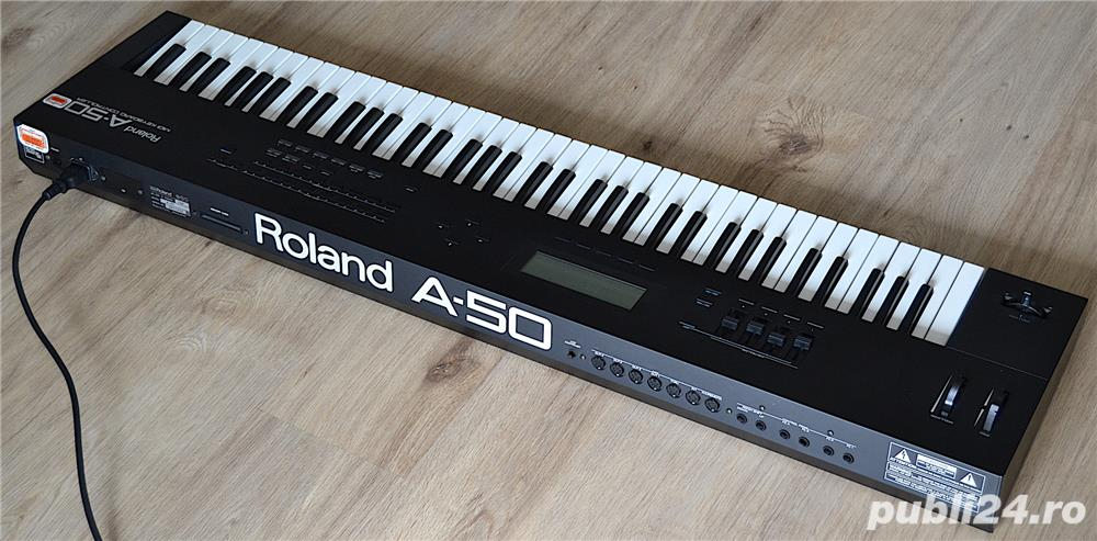 Roland A 50 Master Keyboard Controller 4 MIDI Out Polyphonic Aftertouch 2 MIDI IN Semi Weighted Keys