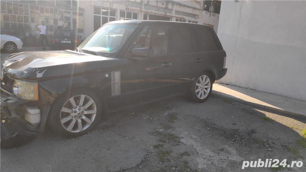 Range Rover Vogue 4.2 avariat